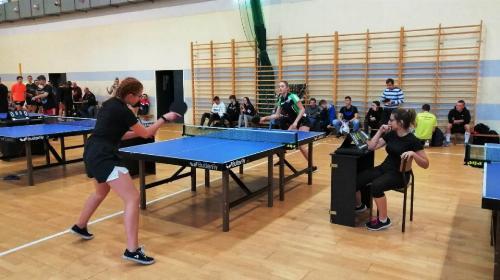 Obrazek galerii Zawody tenisa stołowego dziewcząt